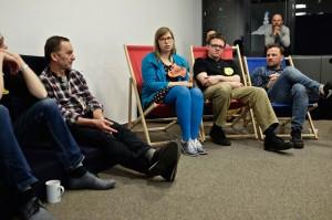Wieczorne rozmowy o pracy zespołowej